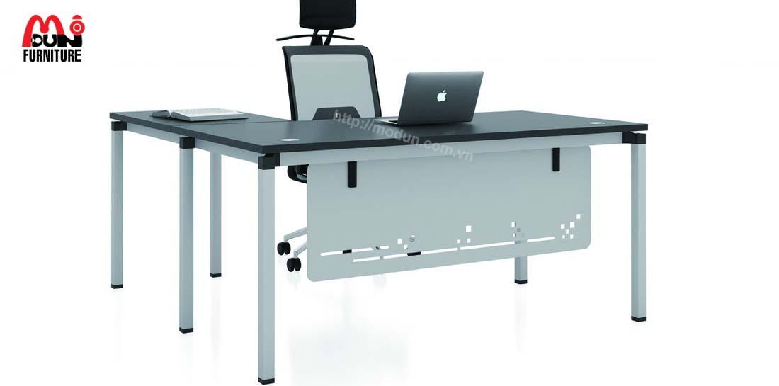 Bàn Chân Sắt MD97 Executive Desk