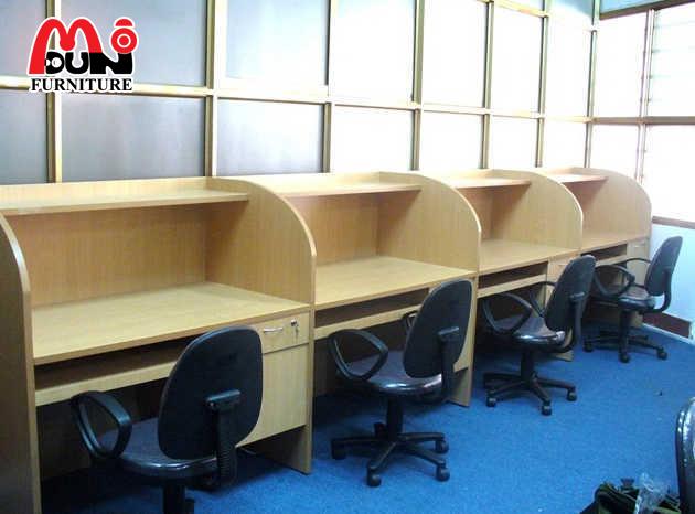 Vách ngăn văn phòng gỗ VVP-MD14